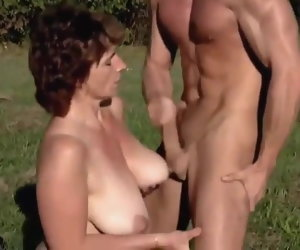11:50 , Milf open-air fuck by a young man
