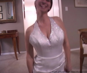 17:44 , Pregnant MILF really wants that nuptial dress