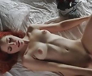 13:35 , Comely redhead masturbates and orgasms for you