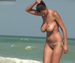 3:33 , Milf Huge Heavy Boobs topless Coast
