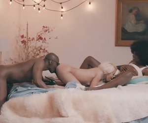 32:23 , Threesome - Petite White girl vs Black Couple - Great Flick