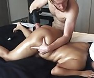 23:12 , 20 yo Asian Amateur gf CHOKED Squirts Chunky Arse Unquestionable Massage !