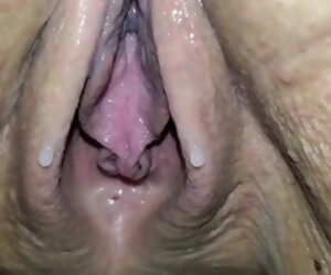 1:00 , 80YO GRANNY LUISA DRIPPING CREAM