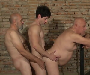 31:35 , Gay Threesome - 2 Older Man with an increment of 1 Guy