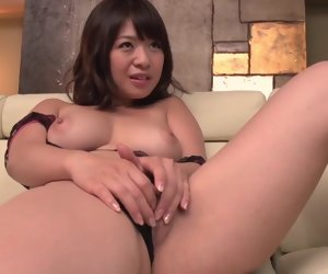 12:16 , Wakaba Onoue tries young penis with the brush gorgeous pussy