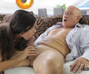 7:24 , OLD4K. Seem like sexual congress for stunning latina babe.