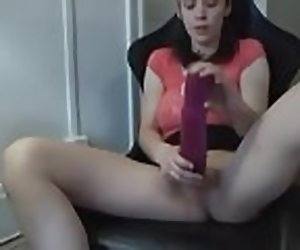 6:48 , Fucking Herself Until She Squirts With 2 Dildos And Hitachi