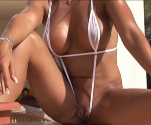 4:51 , Adjacent bikini babe resembling well-found on all sides