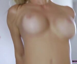 33:07 , Stepmom Squirts On Horny Teen