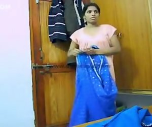 3:10 , Indian Wife Aarti Changing