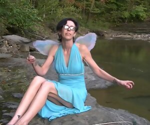11:28 , On the 10th Fixture of Halloween Willamina is the Blue Fairy