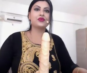 18:37 , Usha Bhabhi Indian Sex Machine