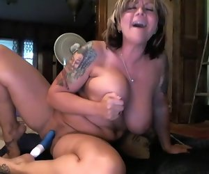 1:10:08 , sassycountrygirl cramped clip 07/08/2015 from chaturbate