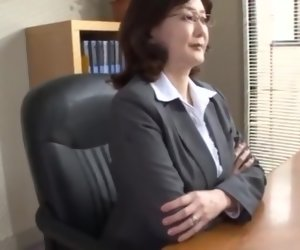 11:02 , Japanese school director masturbates in the office