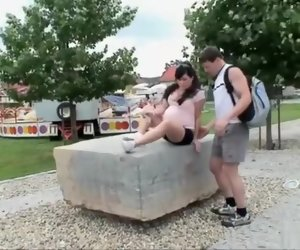 14:01 , Amateur Brunette Close Outdoor Pregnant Public Straight