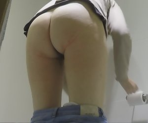 1:28 , Amateur Pissing Toilet Voyeur Wife