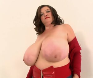 19:42 , The man Mommy - Plumper Milf Unassisted
