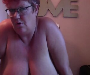 12:23 , Big Hot Mature Oiled Up And Masturbating