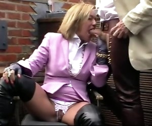 21:14 , Milf in thigh boots does blowjob photo shoot